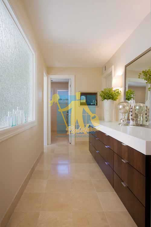 Brisbane modern long bathroom with porcelain tiles that look like fake travertine